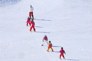 weekly group ski lessons