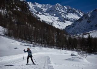 Ski pass & equipment