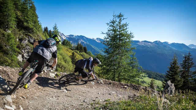 Mountain bike & Deval'bike
