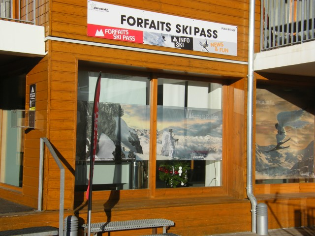 Skipass Büro & Fahrplan