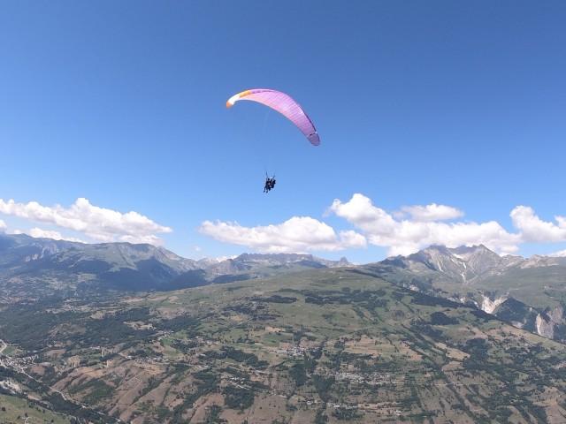 Benjamin Raisson Paragliding