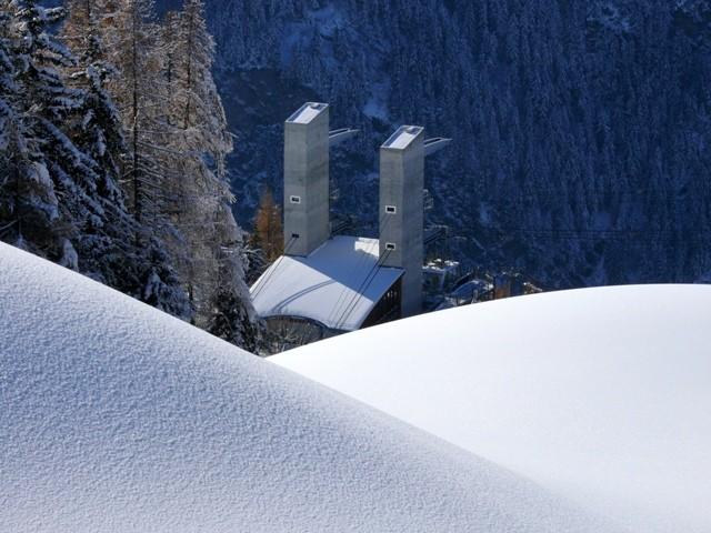 buttes-de-neige-artificielle-plan-peisey-gare-depart-vanoise-express--22-438