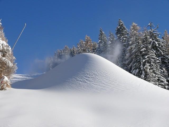 canons à neige piste de l'aigle