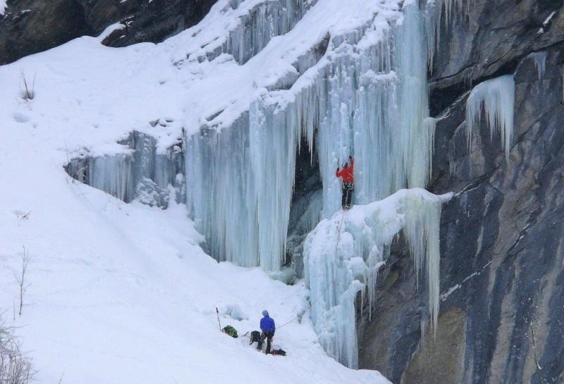 cascade-de-glace-de-nancroix-escalade-12-fevrier-2013-83-7978-1487