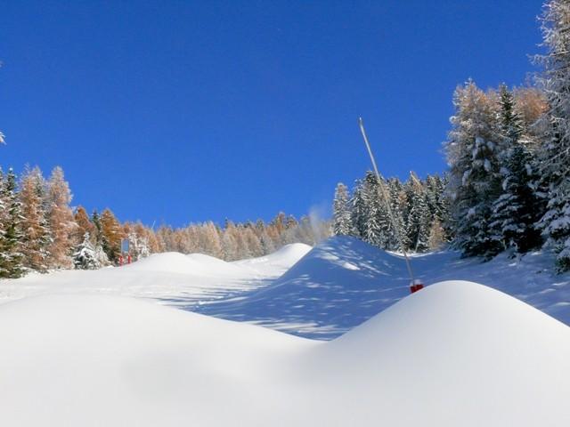 neige-artificielle-canon-a-neige-sur-les-pistes