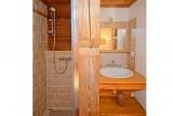 chalet-pierra-menta-douche-lavabo-53665