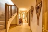 couloir-1-chalet-art-misia-59363