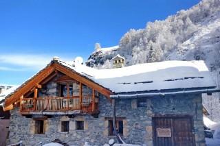 coeur-du-paradis-facade-hiver-2-54880