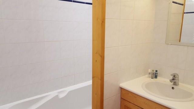9-salle-de-bains-47765