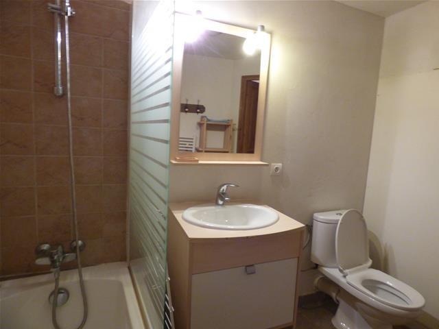 appartement-olga-salle-de-bain-1-33600