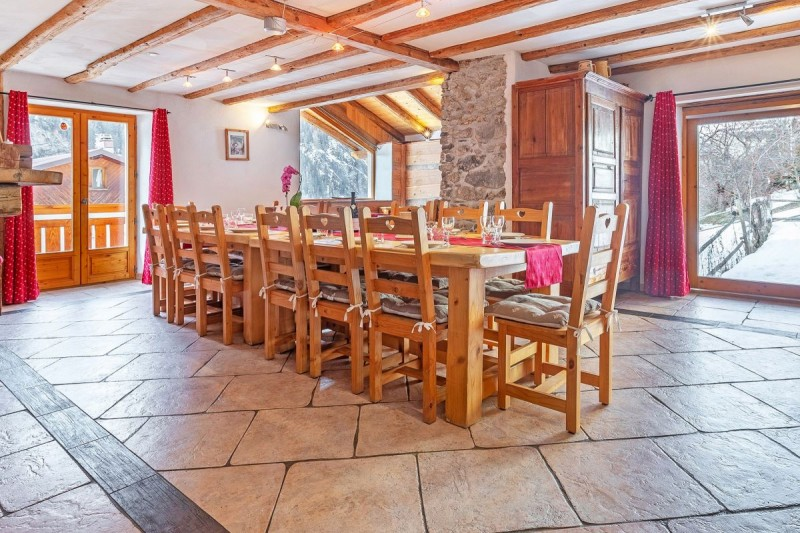 chalet-honore-salle-a-manger-53687