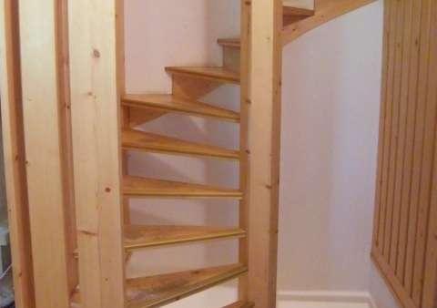 chalet-le-datcha-les-mievres-plan-peisey-escalier