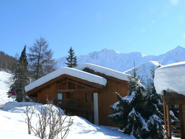 chalet-le-datcha-les-mievres-plan-peisey-vue hiver