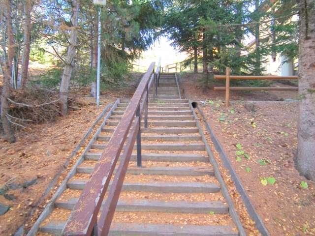 emmanuelle-acces-escaliers-été