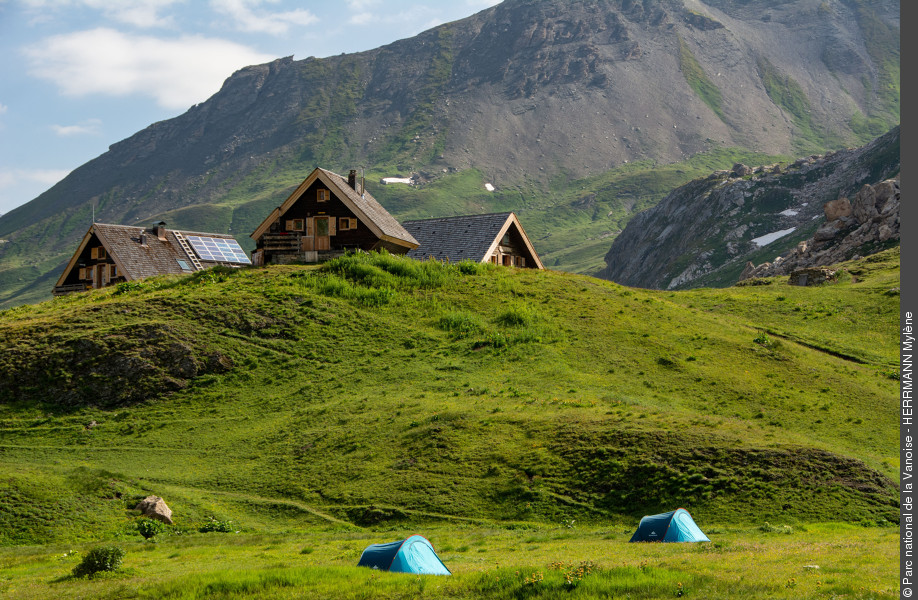 Between freedom and respect: the art of responsible bivouac in the heart of the Vanoise National Park - © herrmann-mylene